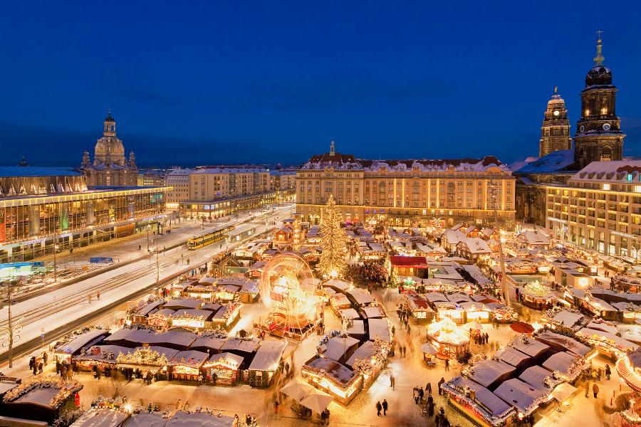 Weihnachtsmarkt In Dresden.Striezelmarkt Dresden Weihnachtsmarkt Auf Dem Altmarkt